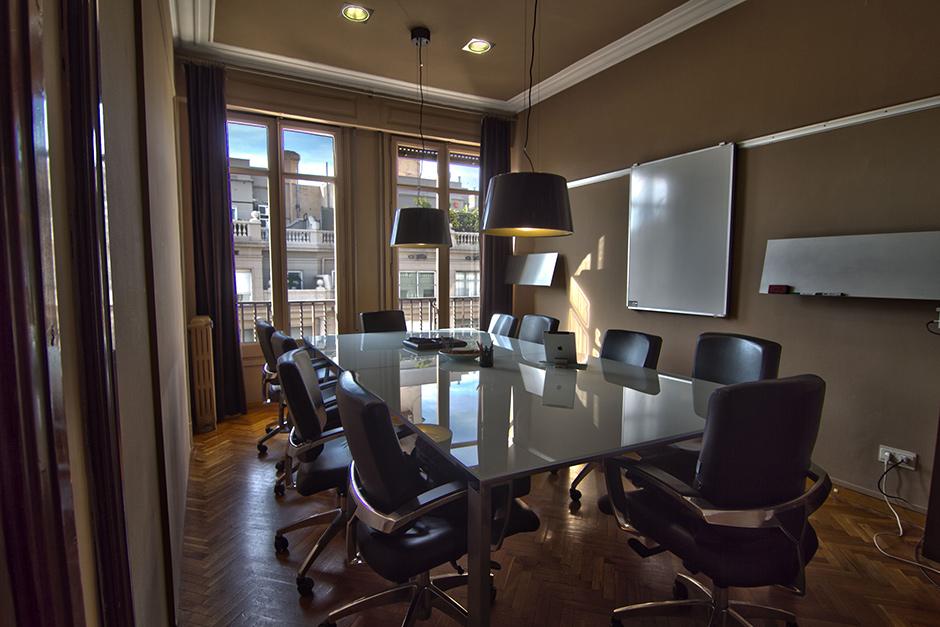 en b188 ponemos a tu disposiciu00f3n varias amplias y modernas salas de ...